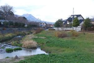 213-20111218ushiike.JPG